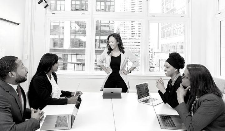Home office: como liderar a distância?